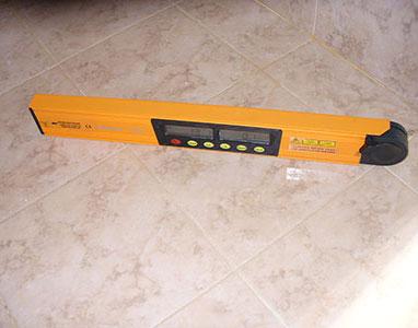 פלס 0.60 מ' דיגיטלי